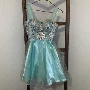 Short Formal Dress (Homecoming/Prom)